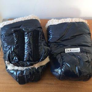 7 A.M. Enfant Accessories - 7A.M. Enfant Warmmuffs. Stroller gloves!